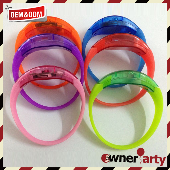Factory supply attractive price led flashing sound activation bracelet