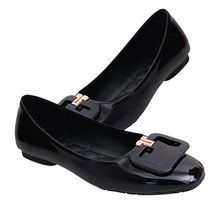 Popular Flats Low Heel Casual Shoes No Heel Flat Leisure Shoes