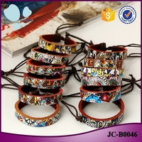 2016 trending products Korean jewelry unisex graffiti pyrography leather bracelet