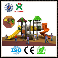 2015 Large outdoor childrens equipment spiral slides for hot sale( QX-030B)