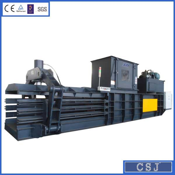 Different style horizontal waste paper baler compacting cardboard, soft plastic baler