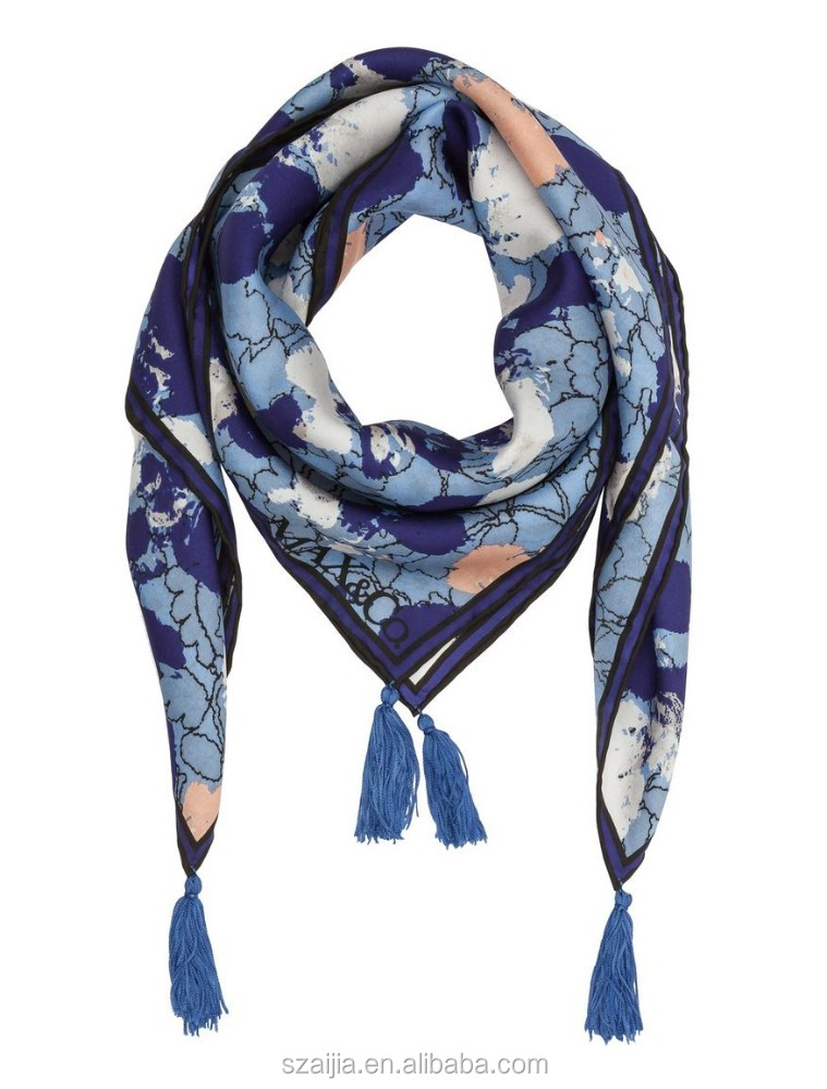 Fashion new ladies printed silk square tassel scarf