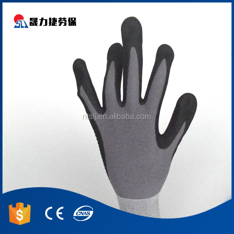 Comfortable nitrile coated industrial anti static working gloves