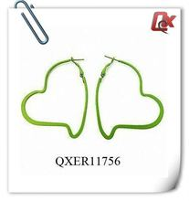 Fashion metal heart hoop earrings with paint green (QXER11756)