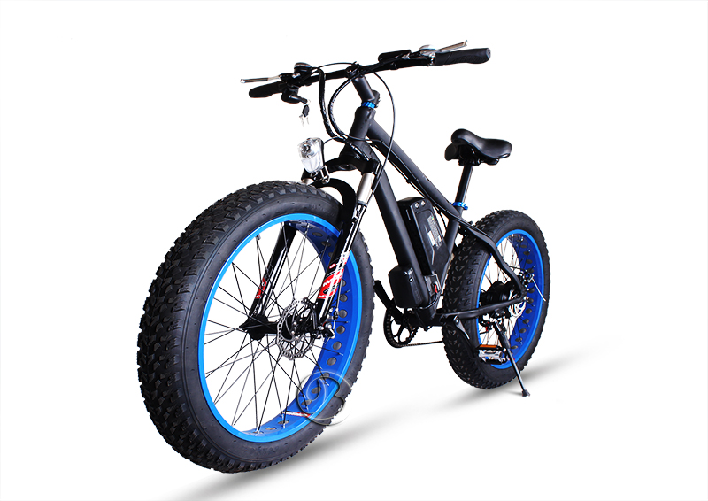 smooth operation All terrain e bikes hub motor Electric Bicycles