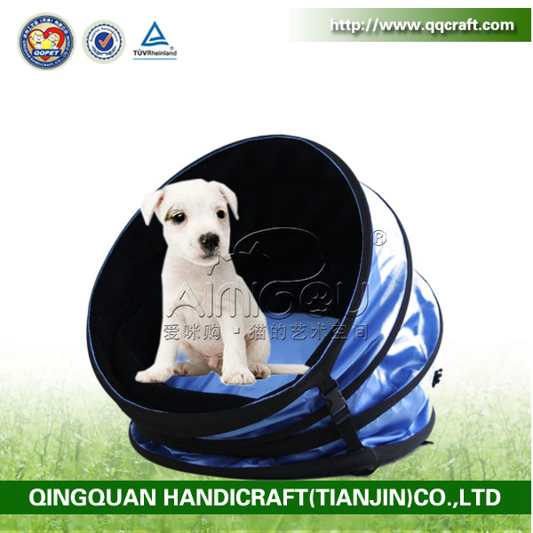 QQuan wholesale opening soft flat roof dog house