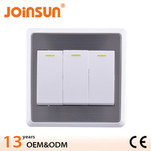 3 gang 1 way switch 4usb vertical socket