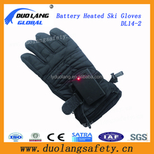 CE/RoHS Certificate Safety Voltage 7.4V/2600mA Rechargeable Li-on Battery Heating Gloves