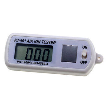 Digital air ion counter for counting both positive and negative ions