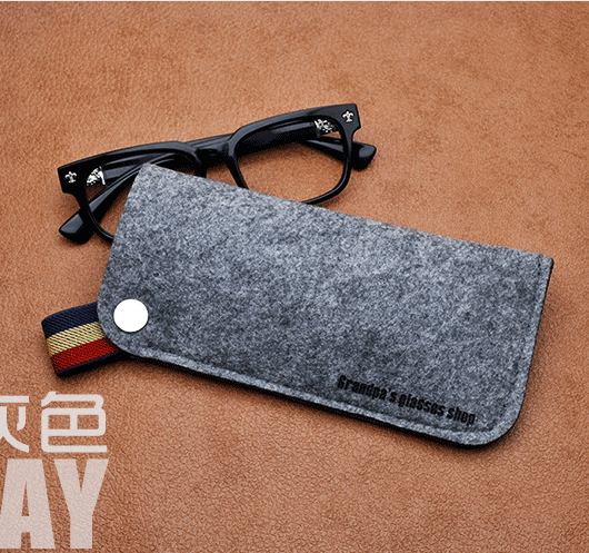 2017 OEM whoesale best felt eyeglasses bag/ case/ pouch with logo sunglasses bag
