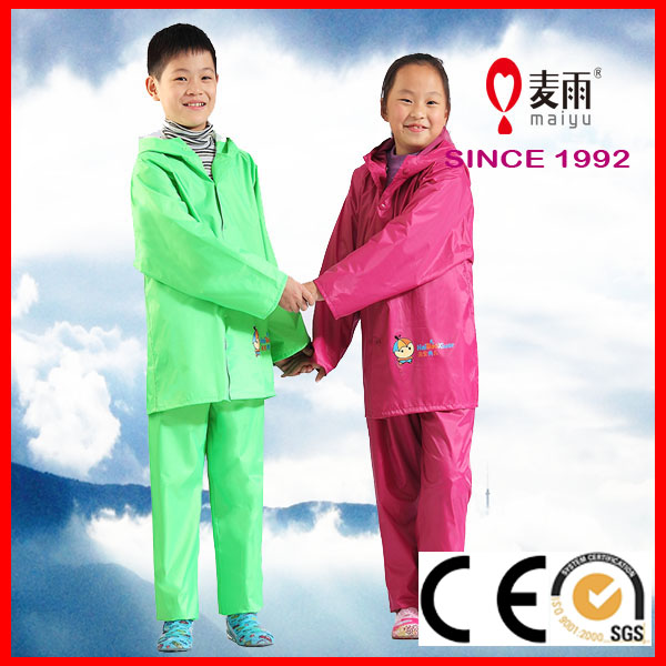 ecological polyester kids rain jacket and pants