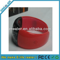 Bluetooth Bracelet with Call Answer/Talk - Time Display/Vibration/Caller ID