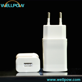 Smart Quick Charge 5V 2.4a Ac head charger for iphone and Sumsung