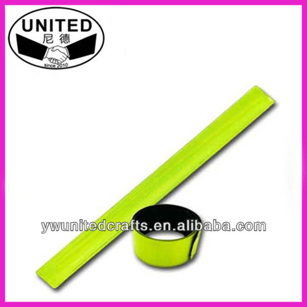 Adults Reflective Slap Bands, reflex Snap Wrap, Reflector Wristband with CE EN13356