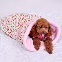 Best quality pet dog sleeping bag /luxury pet products/2014 world cup pet products