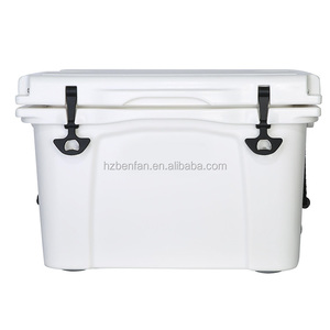 High quality insulated cooler box,delivery cooler box ,beer cooler chiller