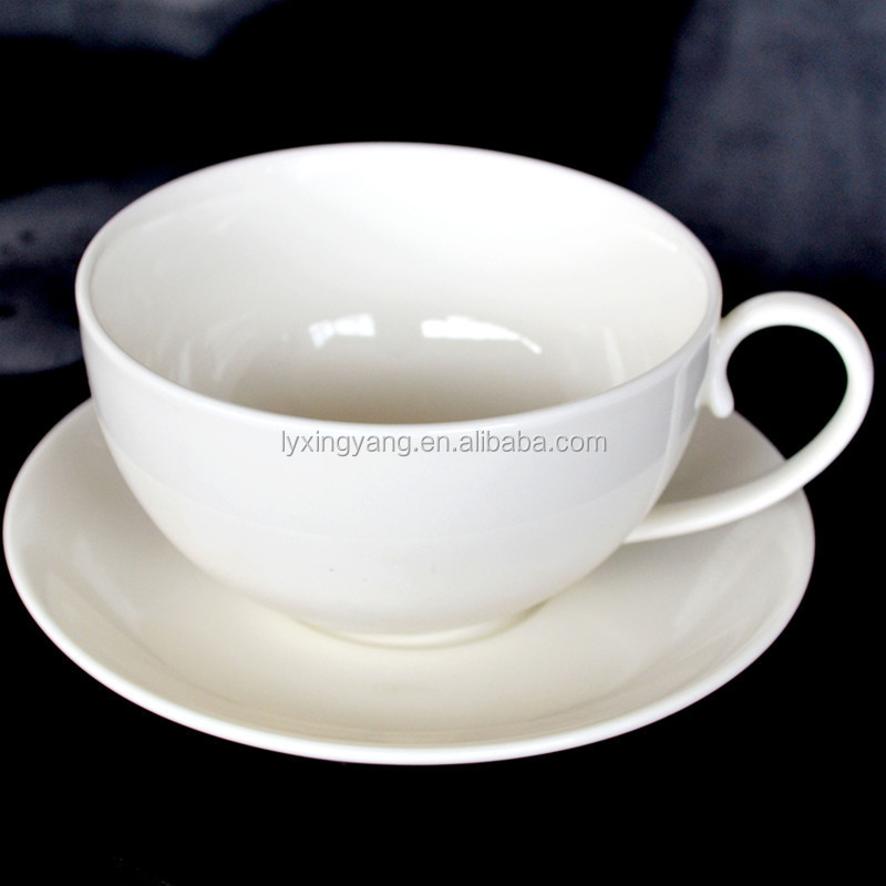 Porcelain round small coffee cup with saucer, white porcelain coffee cup with saucer