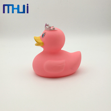 Hot selling mini rubber pvc duck baby bath toys with high quality