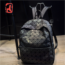 Fashion Women backpack PVC geometric luminous backpack 2018 new <strong>School</strong> Back Pack holographic backpacks