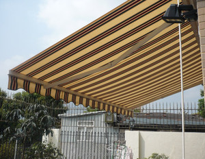 2017 High Quality Portable Folding Arms Retractable Awning