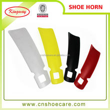 Cheap price plastic travel shoe horns