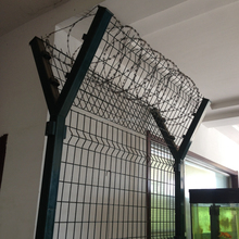 Welded mesh panel or chain link fence panel used special fence for airport