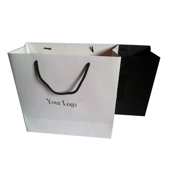 oem luxury production paper shopping bag with logo
