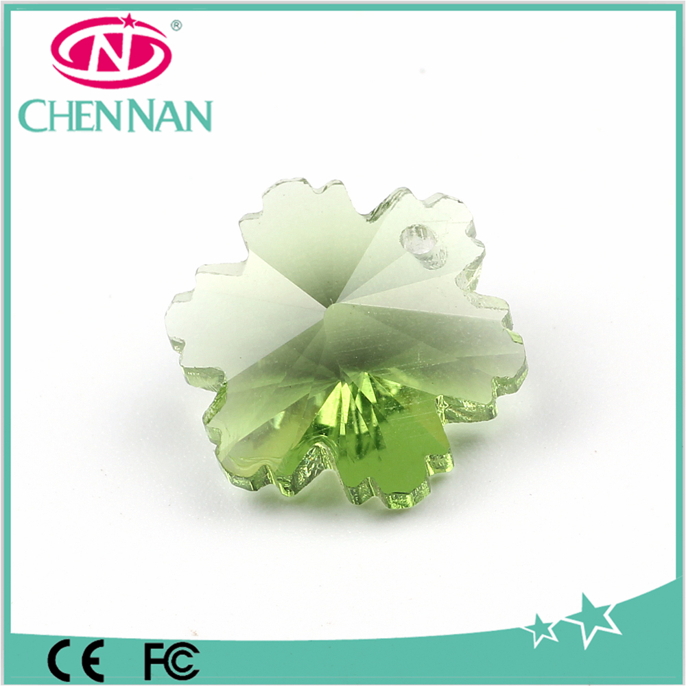 Pujiang manufacturer wholesale crystal beads Flat round leaf beads crystal diamond glass beads