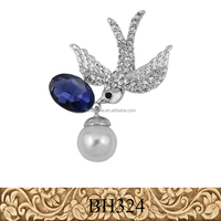 Fancylove wholesale fashion jewelry brooch real gold plating peace dove pearl brooch