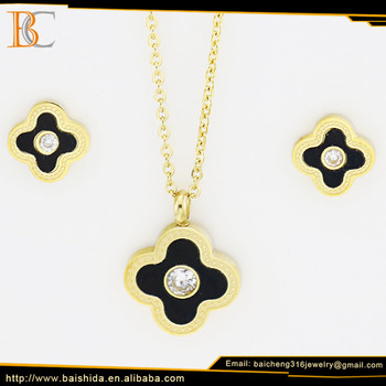 stylish fake gold jewelry set four leaf flower necklace and earring set unisex jewelry