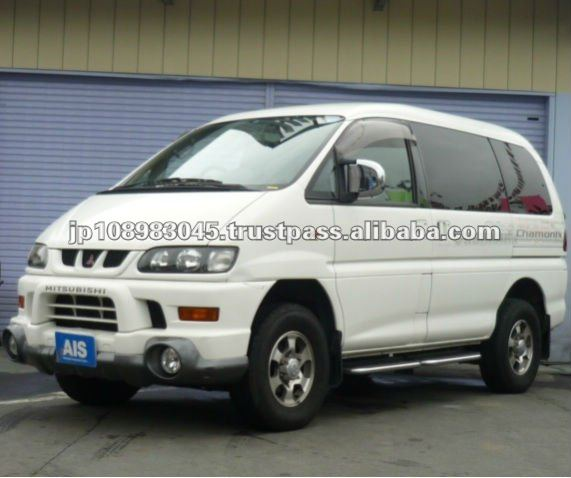 Japanese used cars Mitsubishi Delica Space Gear L400 Japanese cheap SUV