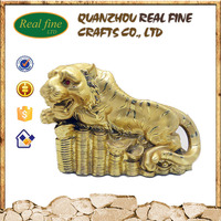 2016 Wholesale high quality chinese gift resin tiger statue for sale