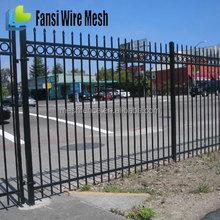 China Suppliers Cheap Wrought Iron Fencing and Gates Design for Sale