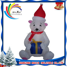 Outdoor /Indoor Inflatable Polar Bear Christmas Decoration with Santa Hat