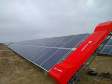 CHALLENGE R4 solar panel cleaning robot solar panel cleaning system for solar park solar farm solution