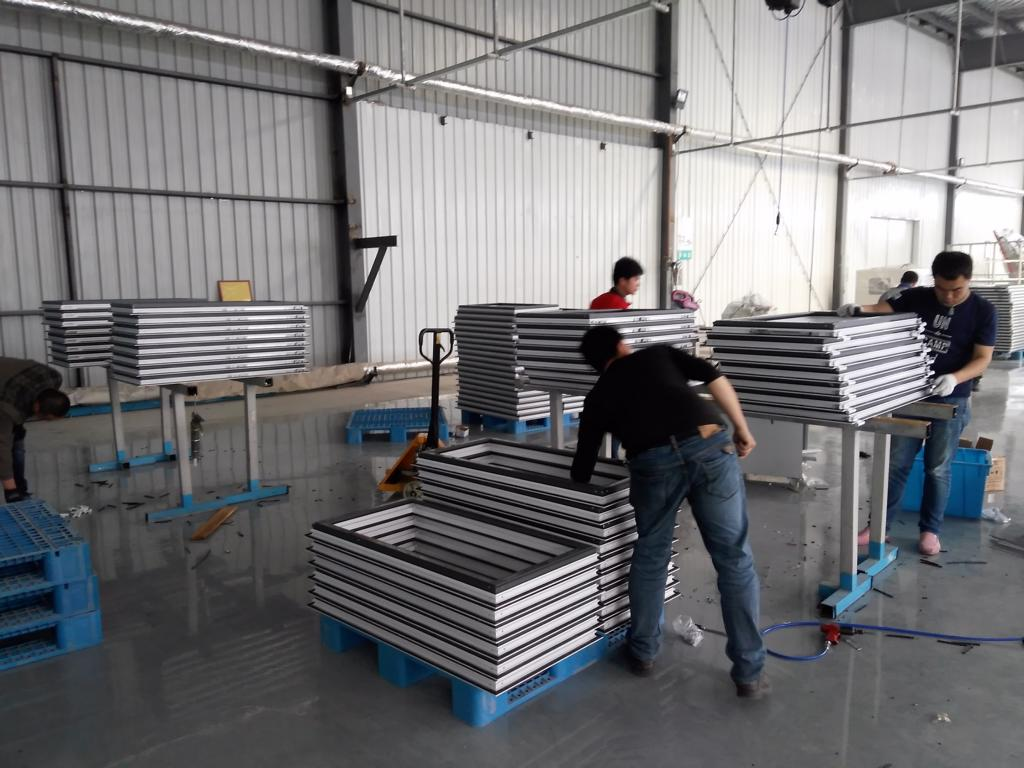 Assembling - Aluminum Windows