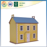 100% Green Paint and saft wooden doll house,guangzhou toy