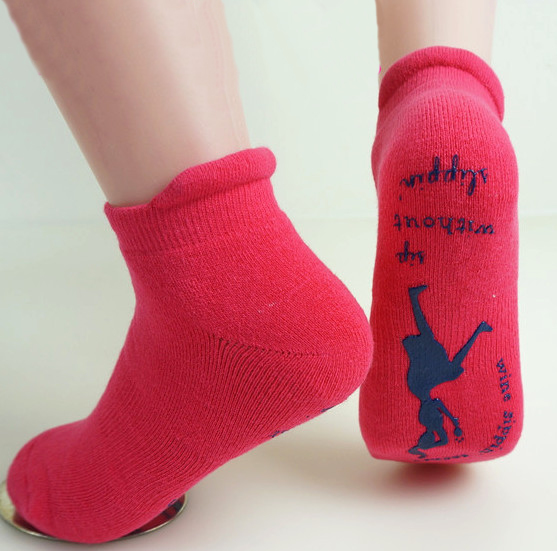 YIWU Custom cotton Anti-slip socks trampoline socks Jump socks