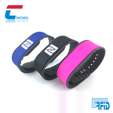 Adjustable ISO14443a Ntag 213 logo printed/laser engrave NFC silicone wristband waterproof