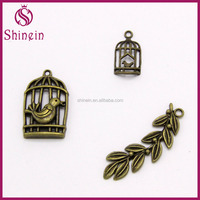 antique bronze/silver custom shape charm zinc alloy pendant for decoration crafts
