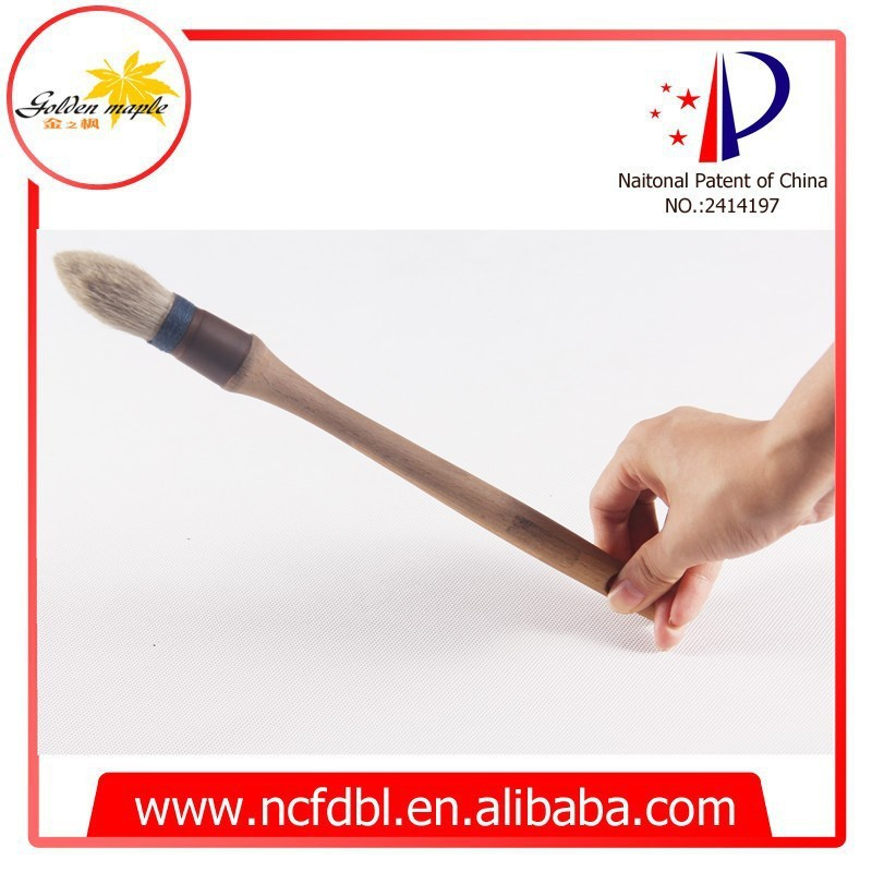 white bristle wooden handle round paint brush