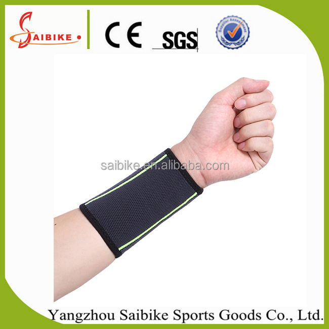 Wrist Support Protect Wristband Unisex Bracers Basketball Football Tennis Badminton Sports Protection Wrist Men and Women