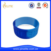 Cheap engraved logo silicone bracelet, 1 inch silicone wristband, rubber band
