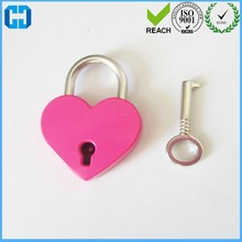 Low Cost High Quality Mini Padlock Heart Shape Luggage Case Padlock With Key