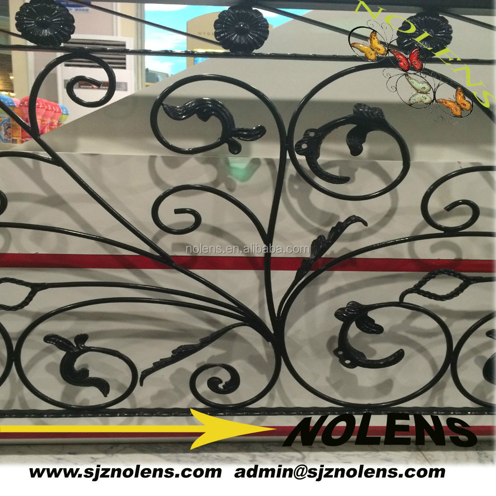 Wrought Iron Fence Rosettes Insert (Factory Price)with Cast Steel Leaves Designed