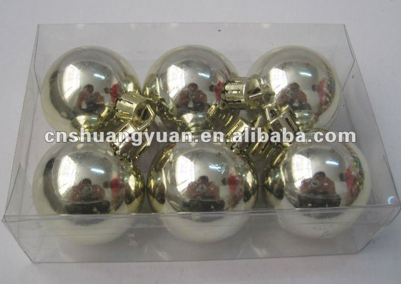 Light gold plastic Christmas Tree Ball