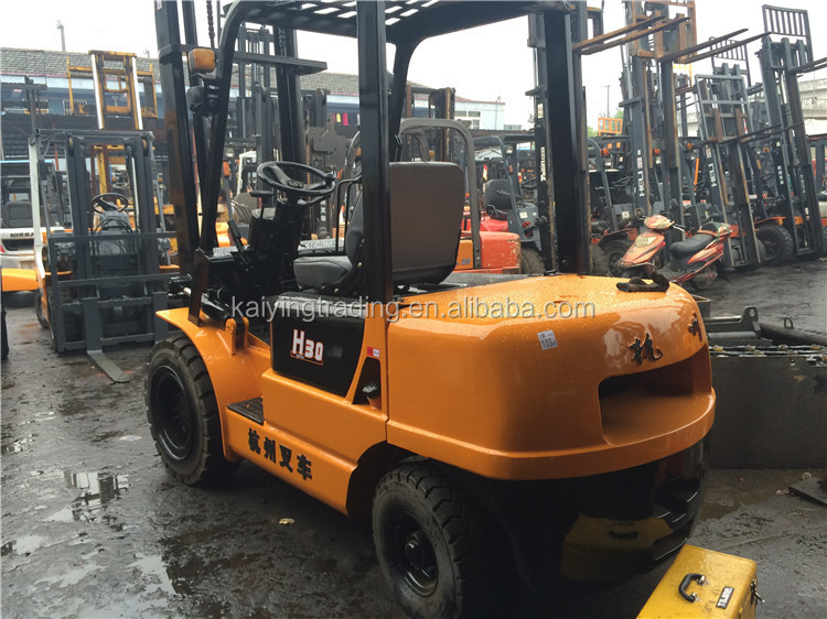Max Lifting 3m Pneumatic Tire Hangzhou Used 3 Ton Forklift hot sale in China