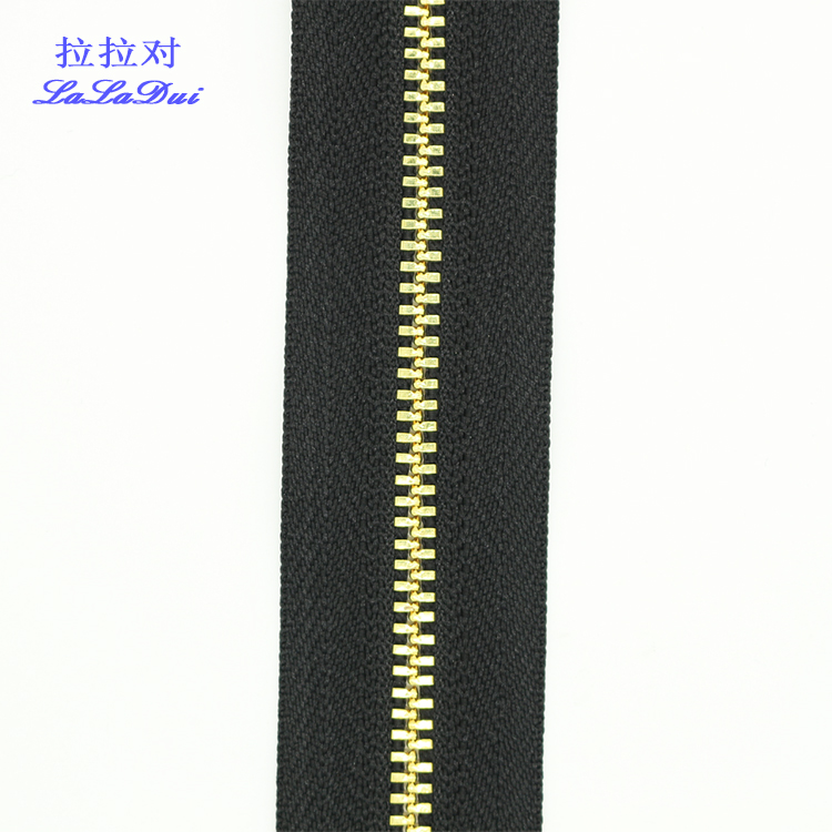 #<strong>3</strong> <strong>Y</strong> teeth White Or Black Tape Gold Teeth Long Chain Zipper 100meter In Roll