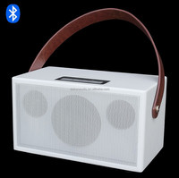 Small wireless speaker with the latest Bluetooth 4.0 standard for best sound quality and transmission hifi heart