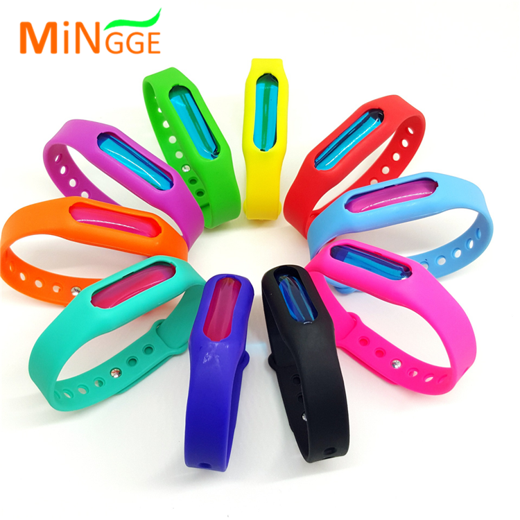 NEW Bug Insect Repellent 4 Repellent Refills Anti Mosquito Bracelet Wrist Band